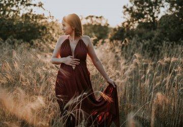 Davinia + Sergio – Sesión de embarazo de verano – Irene Nounou Photography